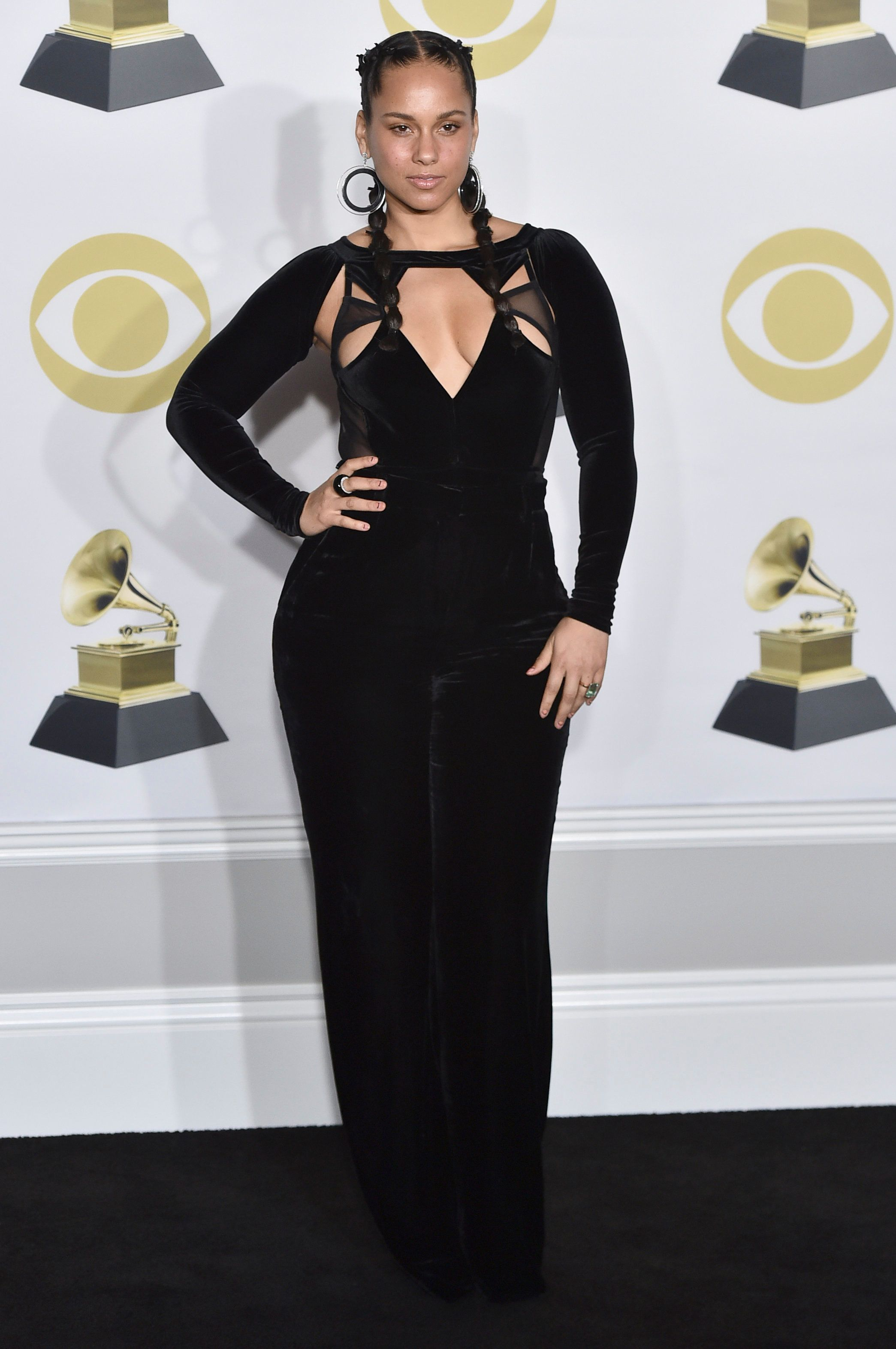 Alicia Keys poses in the press room at the 60th annual Grammy Awards at Madison Square Garden on Sunday, Jan. 28, 2018, in New York. (Photo by Charles Sykes/Invision/AP)