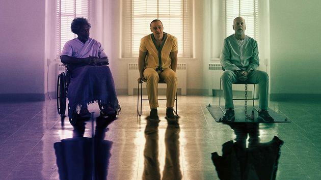 Elijah Price (Samuel L. Jackson), Kevin Crumb (James McAvoy) e David Dunn (Bruce Willis) no filme que...
