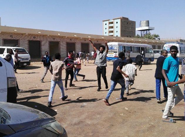 Au Soudan, les opposants défient le pouvoir sur les réseaux
