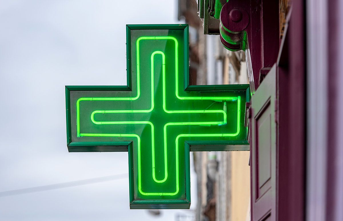 What Your Pharmacist Really Thinks When You Go To Them With An 'Embarrassing'