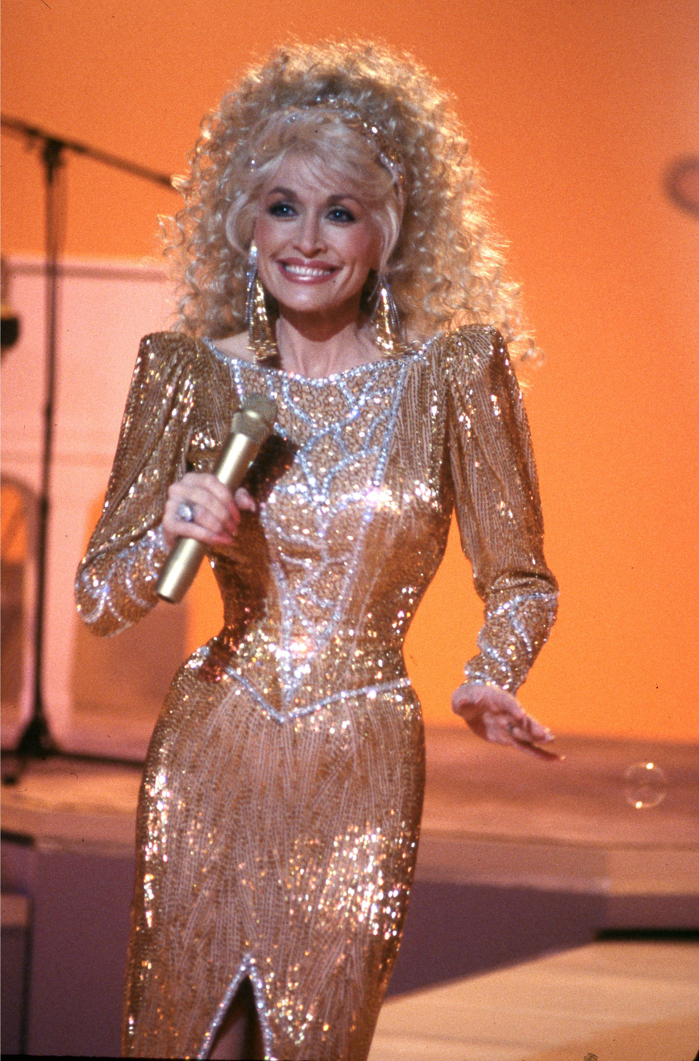 Dolly Parton on 'Dolly' in 1987. (Photo by Jerry Fitzgerald/ABC via Getty Images)