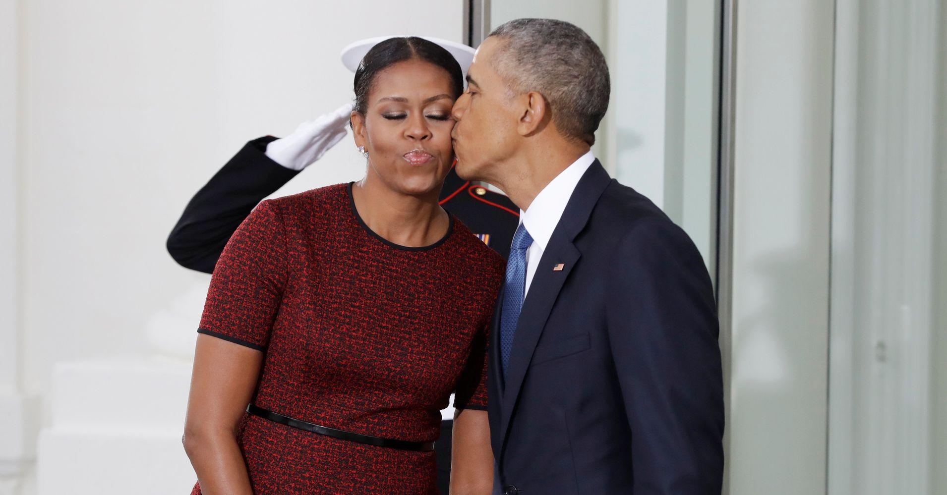 barack-obama-bisexual-cewek-indon-fuck