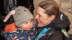 AMAZING: British Runner Becomes First Woman To Win 268-Mile Race – Expressing Milk Along The