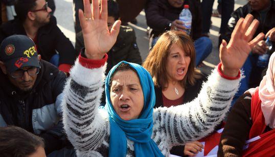 Human Rights Watch regrette une stagnation des réformes et des libertés fragiles en Tunisie, dans son rapport