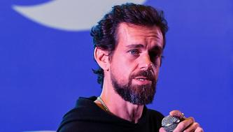 Twitter CEO and co-founder Jack Dorsey interacts with students at the Indian Institute of Technology (IIT) in New Delhi on November 12, 2018. - Dorsey hosted a town hall meeting with university students on his visit to the Indian capital New Delhi. (Photo by Prakash SINGH / AFP)        (Photo credit should read PRAKASH SINGH/AFP/Getty Images)