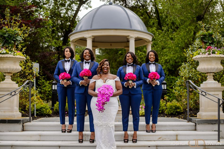 14 Photos Of Bridesmaids Rocking Trousers And Looking Chic As Hell