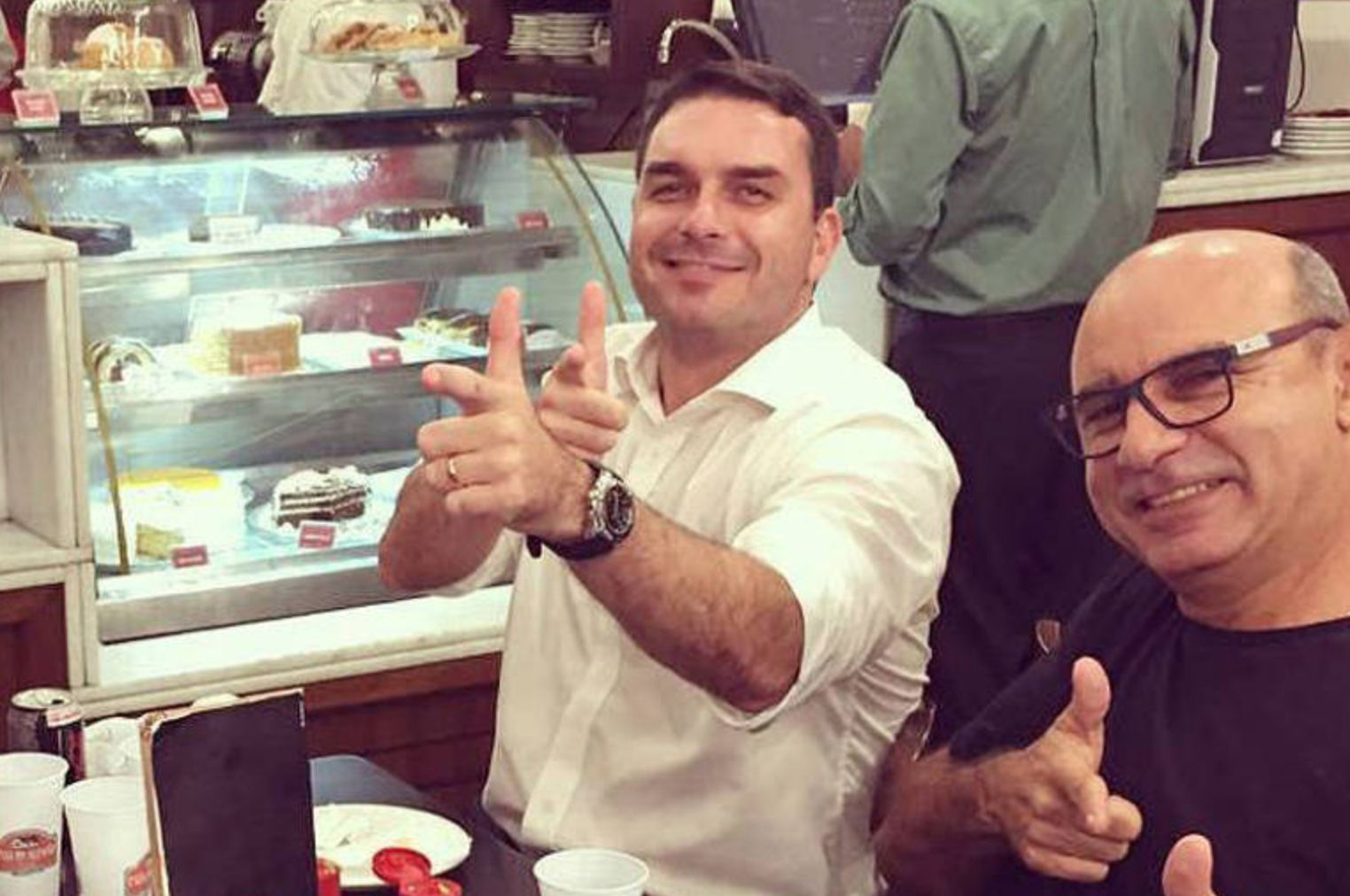 Fabrício Queiroz trabalho na Assembleia do Rio de Janeiro no gabinete do senador Flávio...