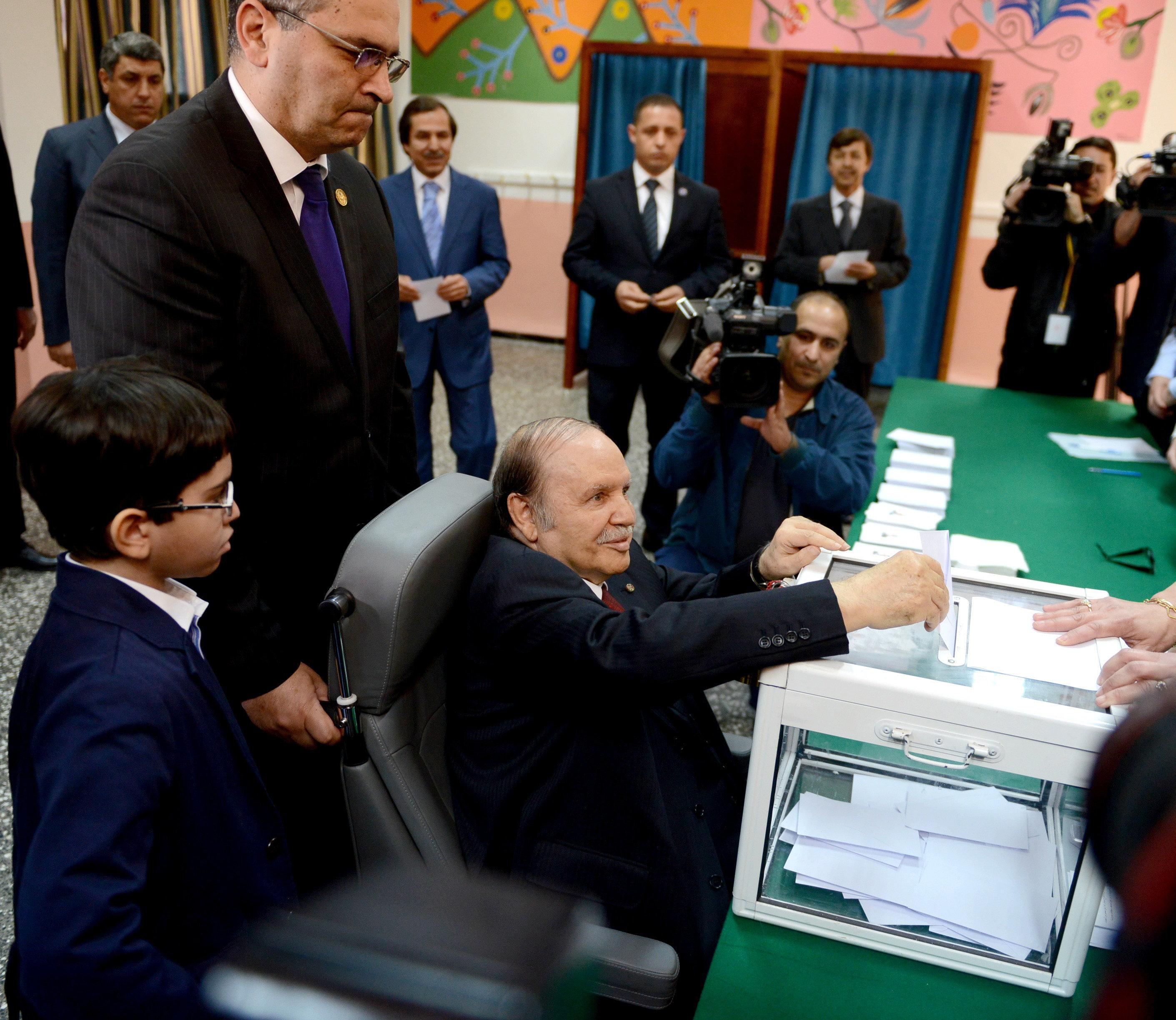 Présidentielle d'avril 2019: la machine électorale mise en