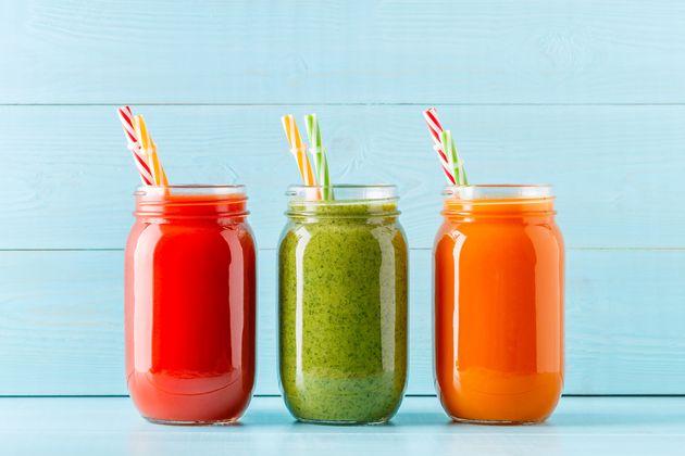 Melancia, abacaxi, limão, laranja... ranqueamos 11 dos sucos mais populares no