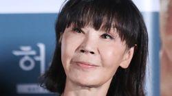 '유기견의 대모' 배우 이용녀가 케어 박소연 대표를
