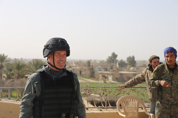 CBS News foreign correspondent Charlie D'Agata pictured on the ground in Syria.