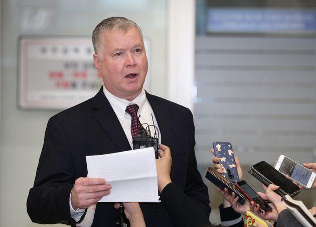 2018년 12월 19일 오후 인천국제공항을 통해 입국한 스티브 비건