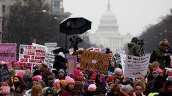 ΗΠΑ: Διαμαρτυρία γυναικών εναντίον της πολιτικής Τραμπ σε εκατοντάδες