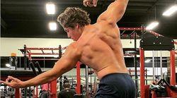 Le fils d'Arnold Schwarzenegger recrée une célèbre pose de son
