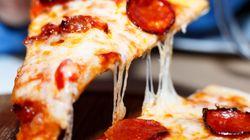 Το μαθηματικό κόλπο για να τρώτε περισσότερη πίτσα όταν παίρνετε
