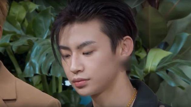 중국 방송에서 남성출연자의 '귀걸이'가 검열되고