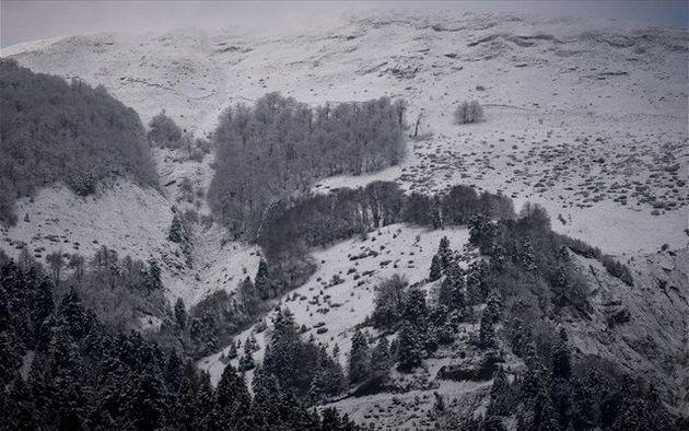 Στο ένα μέτρο το ύψος χιονιού στα Λευκά Όρη της
