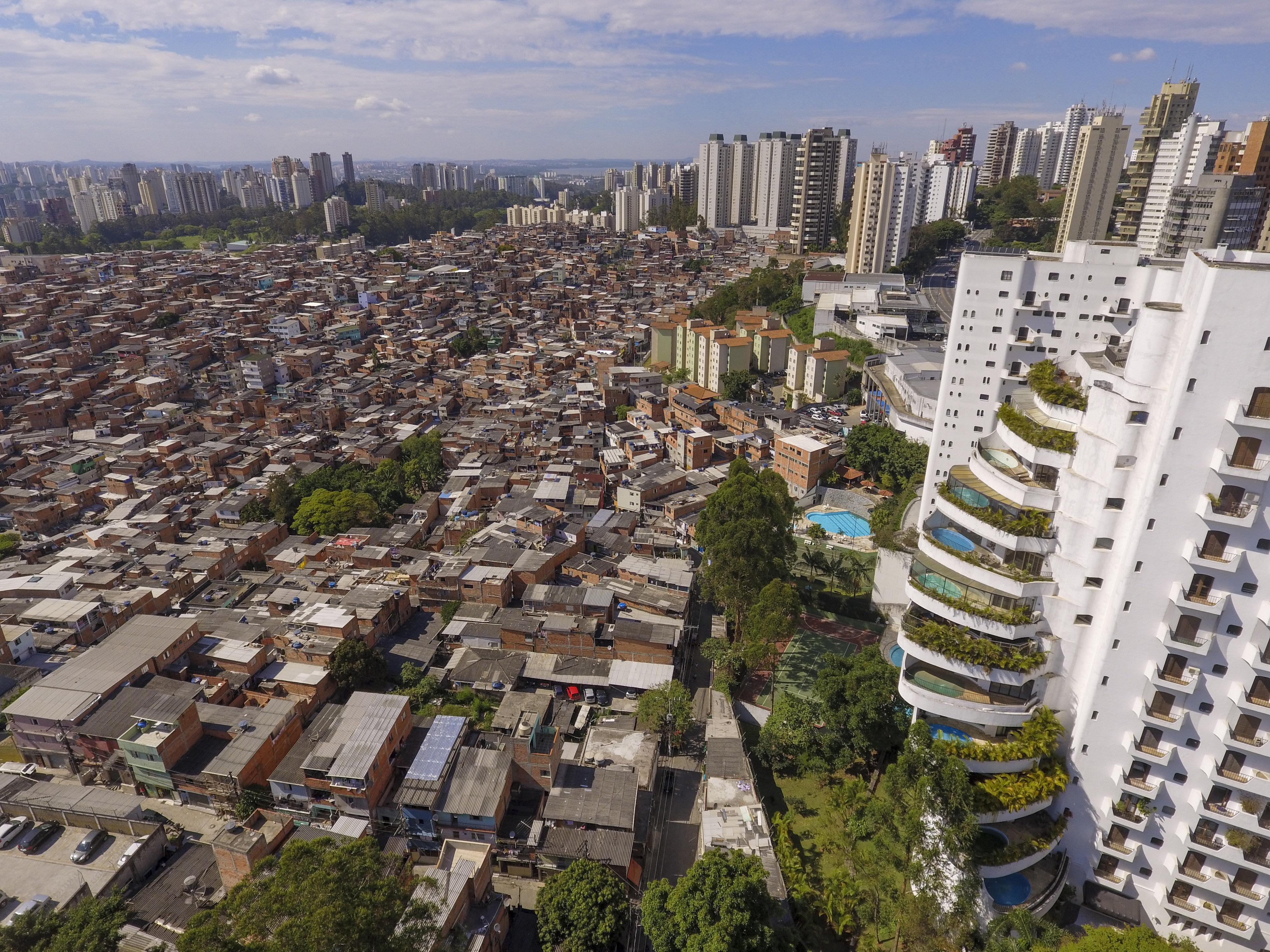 Ανισότητα, ώρα μηδέν: 26 δισεκατομμυριούχοι κατέχουν ίσο πλούτο με το φτωχότερο 50% της Γης