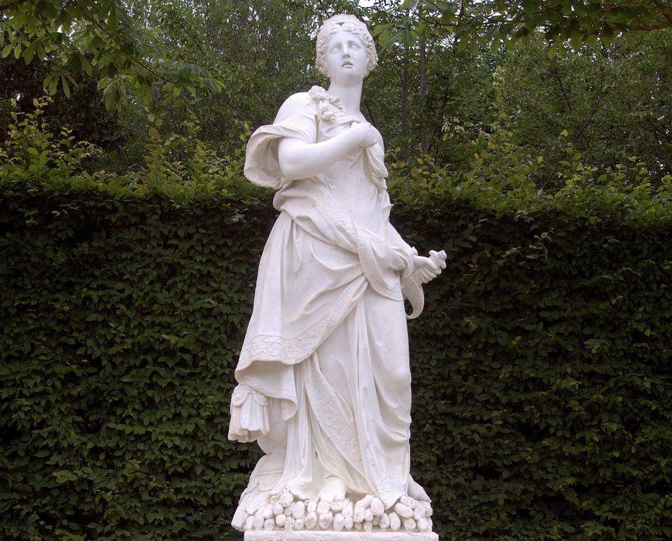 Vue d'ensemble de la statue de la reine Didon, la légendaire fondatrice de Carthage, ville occupant...