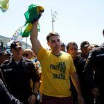 Oposição traça estratégia sobre investigação de Flávio Bolsonaro e avalia