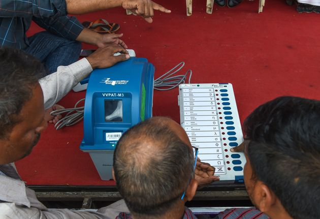 Election Commission Rejects Claim EVMs Were Hacked During 2014 Lok Sabha