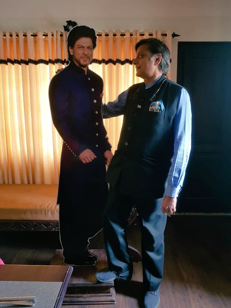 When Shashi Tharoor Found Shah Rukh Khan In His Hotel