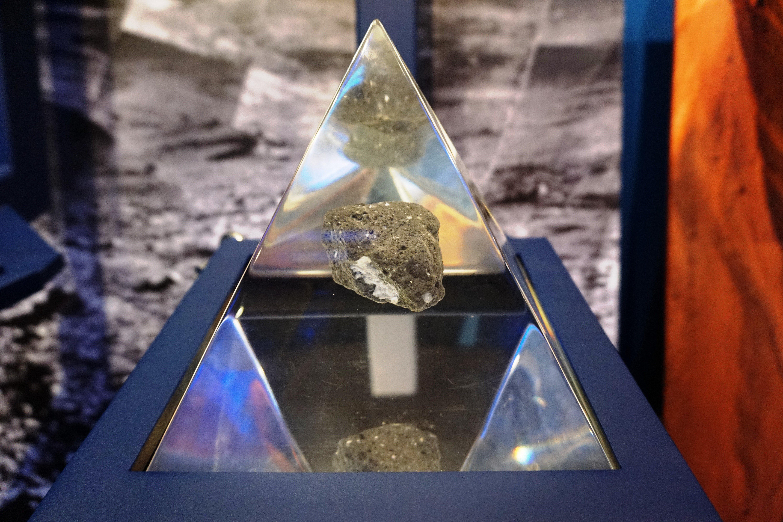 Γεωτρήσεις για ρεγόλιθο στη Σελήνη - Ετοιμάζει επιστημονική αποστολή η