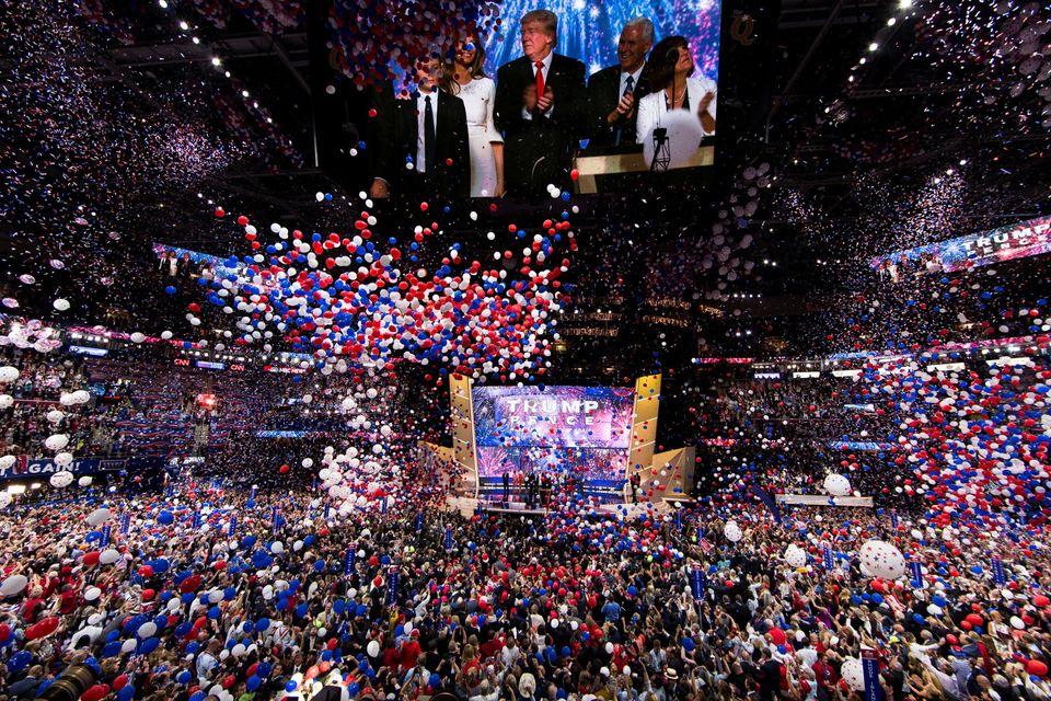 도널드 트럼프를 공화당 대선후보로 공식 지명한 2016 공화당 전당대회가 마무리되고 있다. 클리블랜드, 오하이오주. 2016년