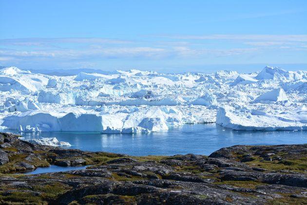 Οι πάγοι της Γροιλανδίας λιώνουν 4 φορές πιο γρήγορα από ό,τι γνωρίζαμε- τι σημαίνει αυτό για τον