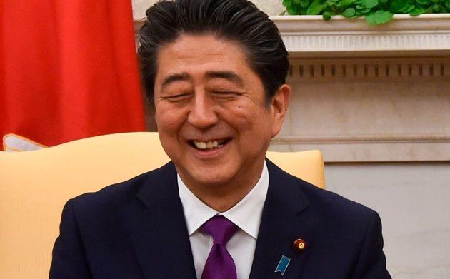 한국과 일본의 갈등이 지속되고 있는 가운데 아베 신조 총리의 지지율은