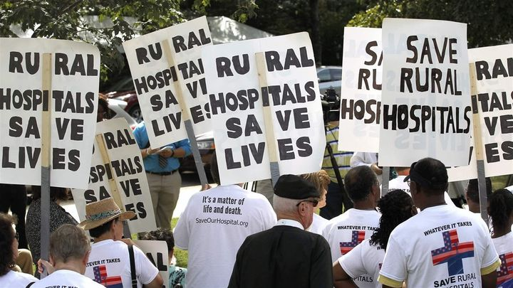 Here's why rural hospitals are shutting down