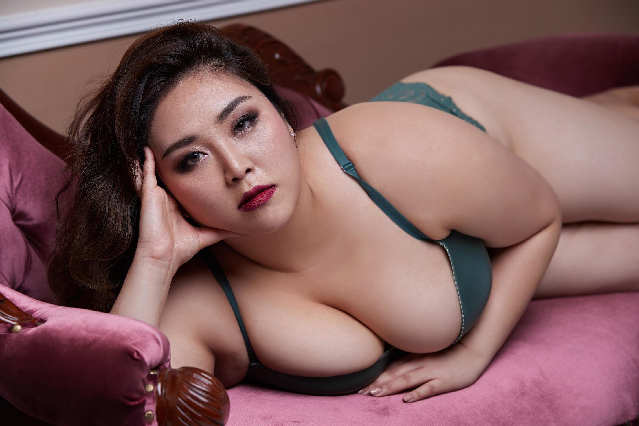 Porn little april and friend
