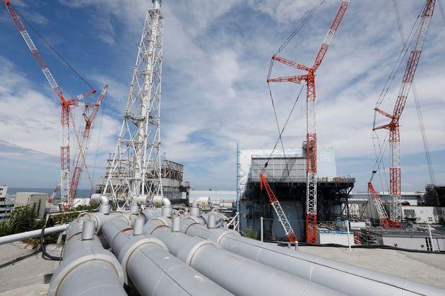 일본이 방사성 오염수 111만톤을 바다에 방출하는 안을 검토