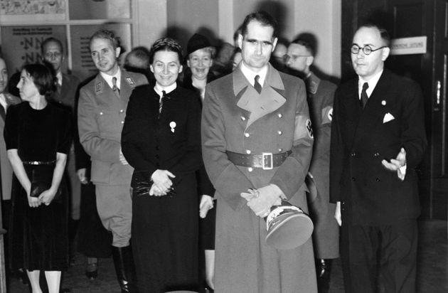 Οριστικοί τίτλοι τέλους σε θεωρία συνωμοσίας για τον Ναζί εγκληματία πολέμου Ρούντολφ