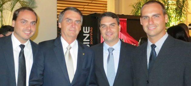 Carlos, Jair, Flávio e Eduardo Bolsonaro: A gestão familiar da Presidência da