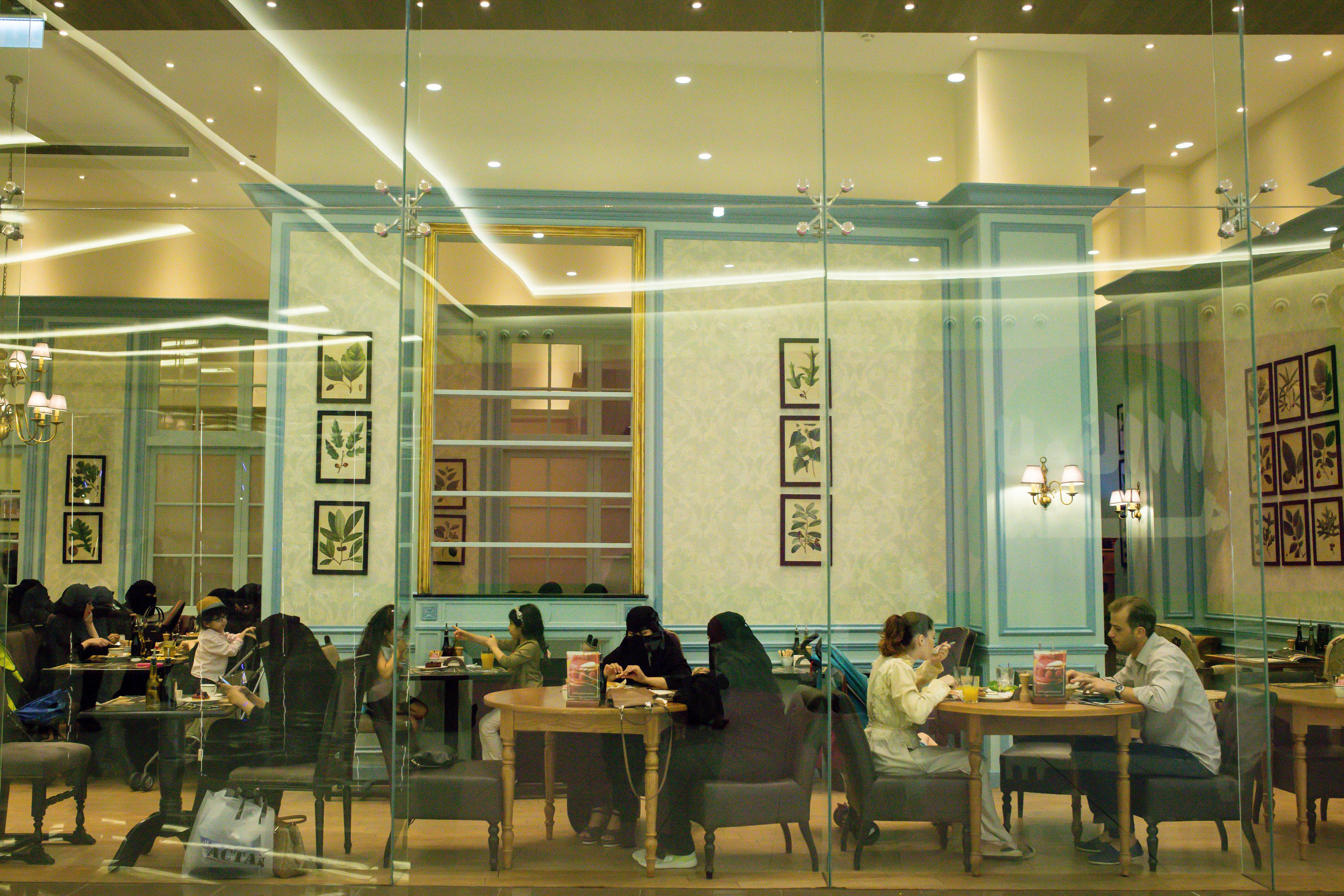 L'Arabie Saoudite autorise la musique dans les restaurants et cafés du