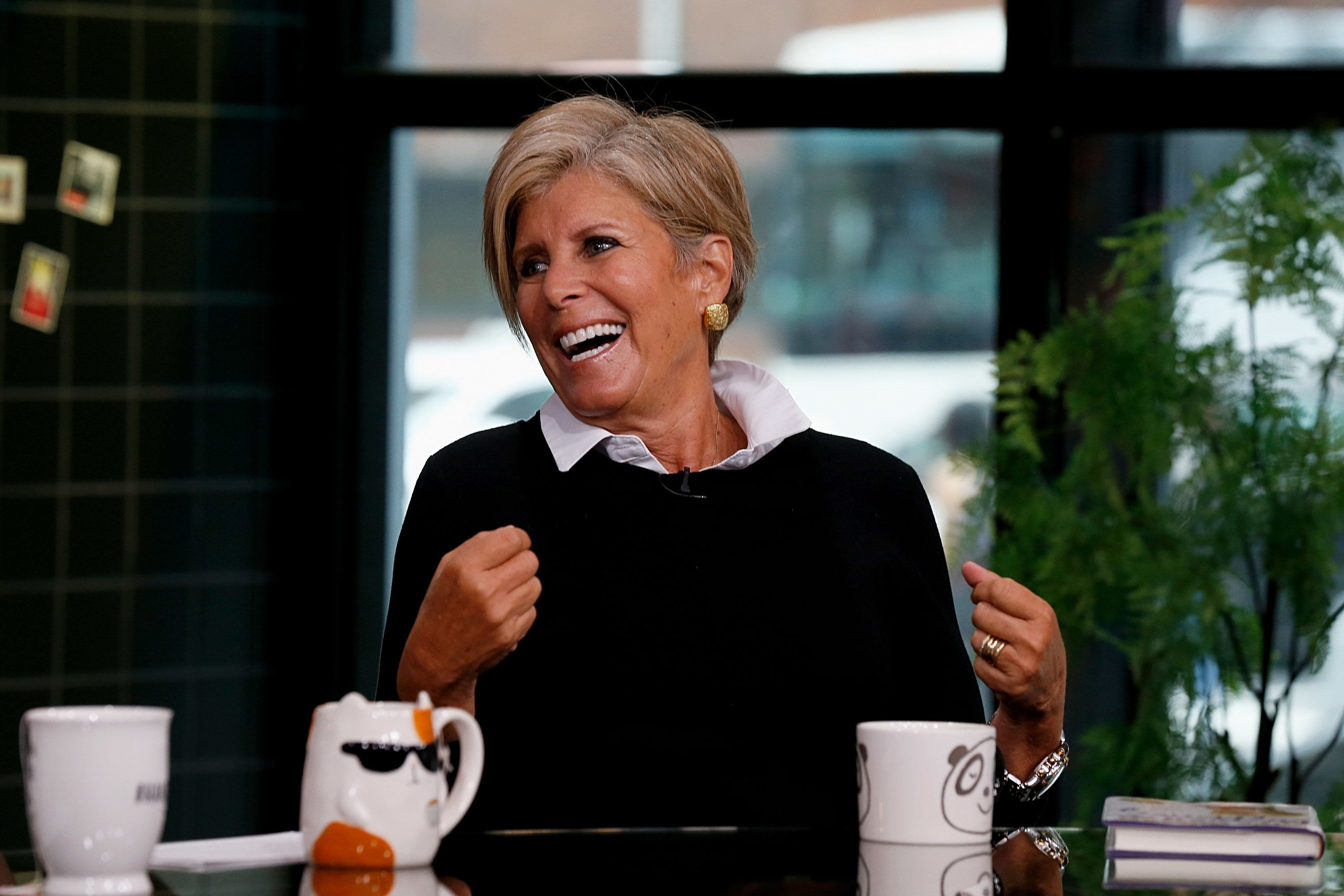 NEW YORK, NY - SEPTEMBER 17:  Author Suze Orman visits Build Brunch to discuss her Book 'Women & Money' at Build Studio on September 17, 2018 in New York City.  (Photo by Dominik Bindl/Getty Images)