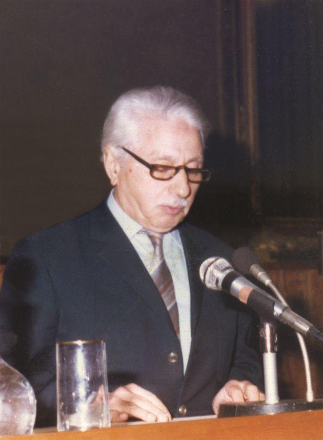 Mustapha Filali au