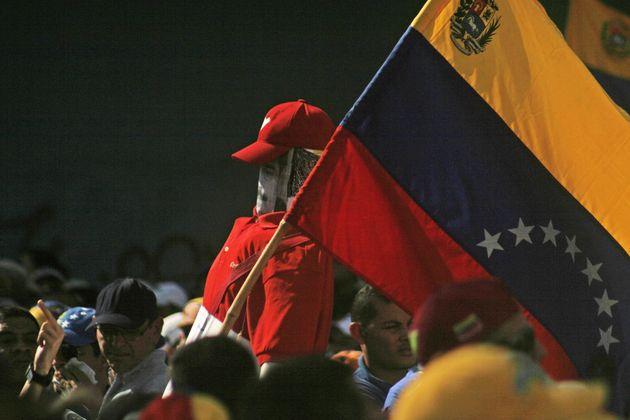 Κρίση στην Βενεζουέλα: Γκουάιντο vs