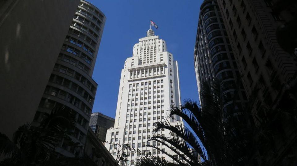 O Farol Santander já foi conhecido como Banespão, por ser a sede do antigo banco