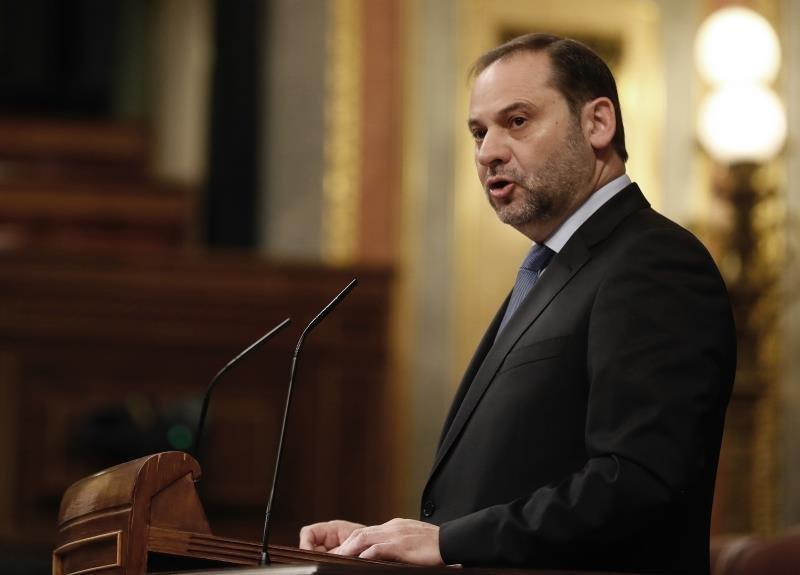 Le ministre espagnol de l'Equipement, José Luis Ábalos, en visite officielle au