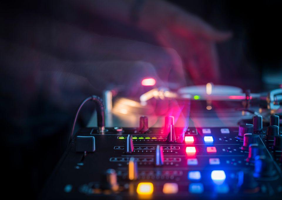 Ηλεκτρονική μουσική: Εκεί που η Ανατολή συναντά τη