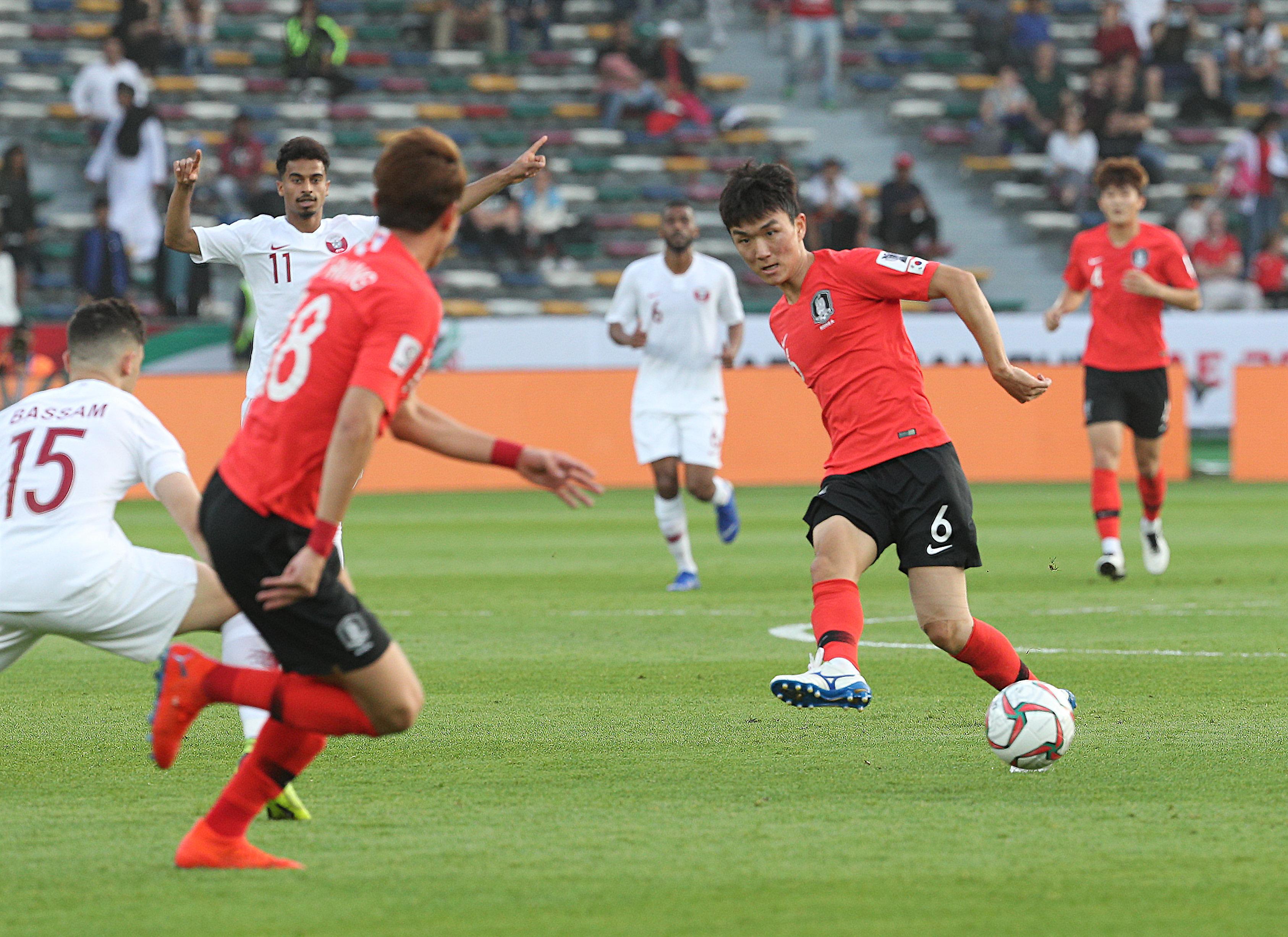 [아시안컵]한국이 8강 카타르전 전반을 0-0으로