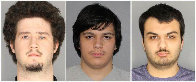 Quatre jeunes américains arrêtés pour avoir essayé de fomenter une attaque