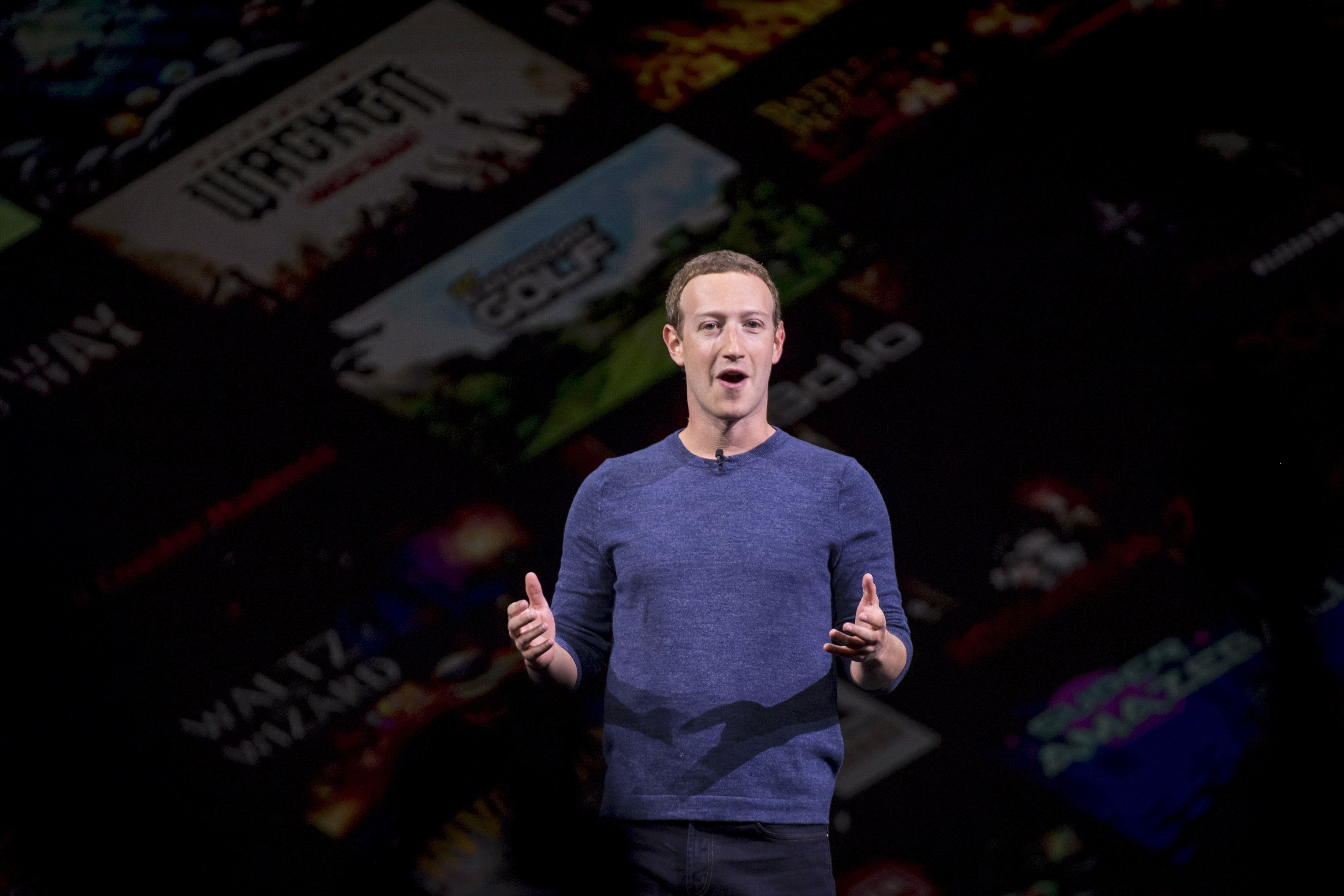 Mark Zuckerberg Plans To Intergrate WhatsApp, Instagram And FB Messenger Services: