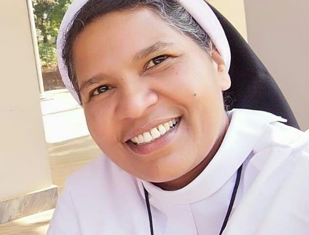 Kalapura tem 52 anos e é freira há mais de três
