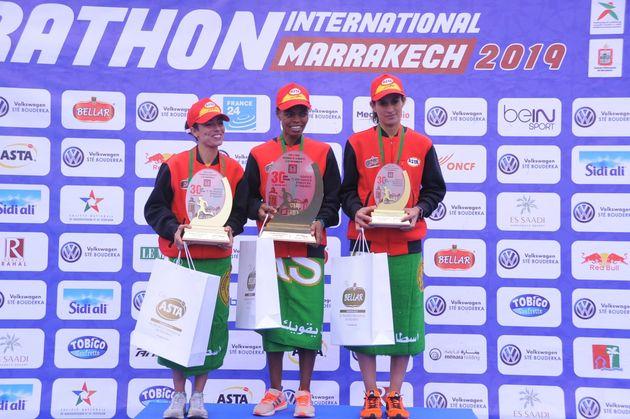 Chez les femmes, l'Éthiopienne Zewdu Asefa Mulunesh a remporté le titre en courant...