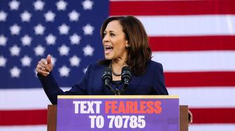 U.S. Senator Kamala Harris launches her campaign for President of the United States at a rally at Frank H. Ogawa Plaza in her hometown of Oakland, California, U.S., January 27, 2019.  REUTERS/Elijah Nouvelage