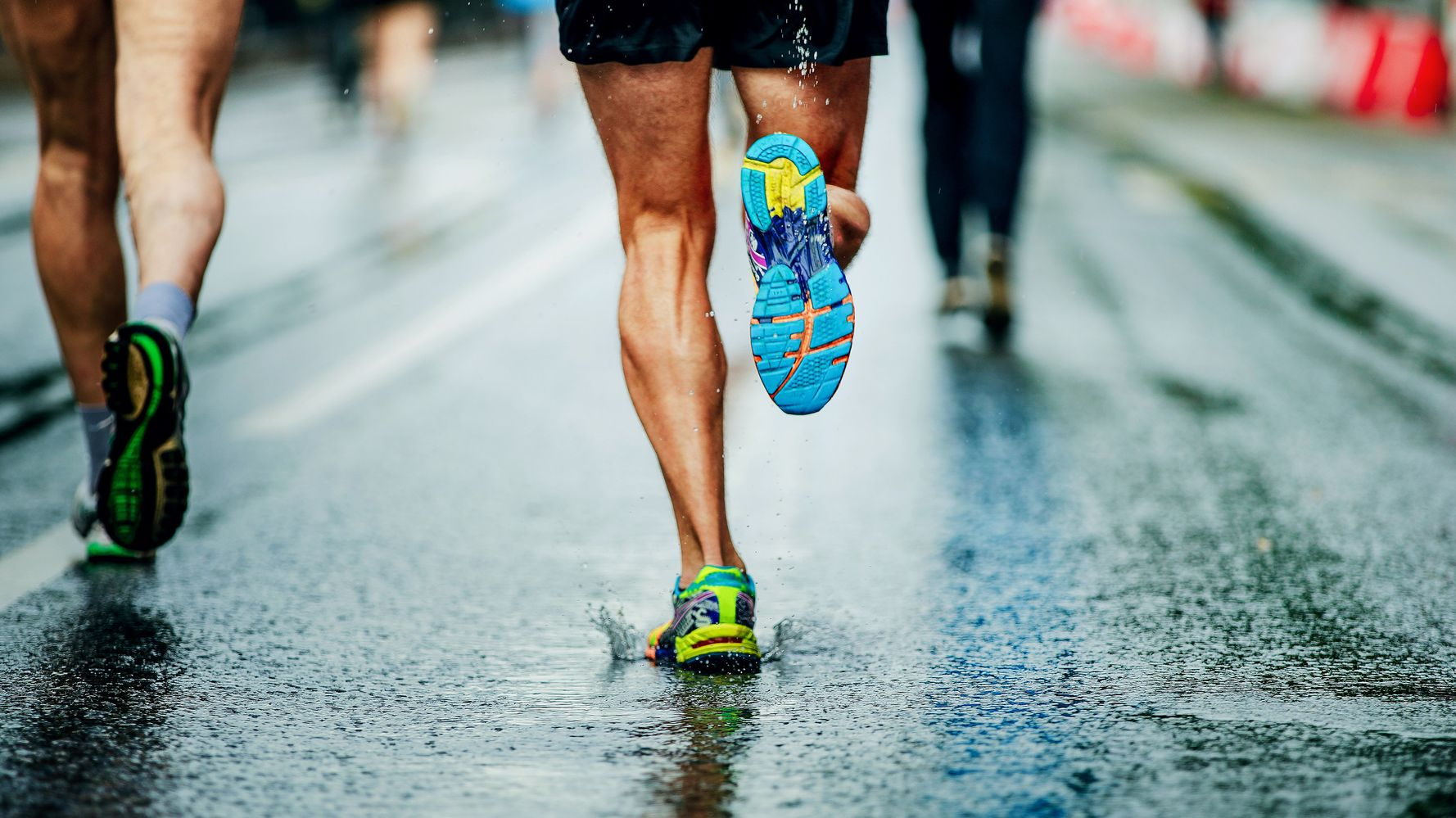 pedir insalubre Asado  The Best Long-Distance Running Shoes, According To Runners | HuffPost Life