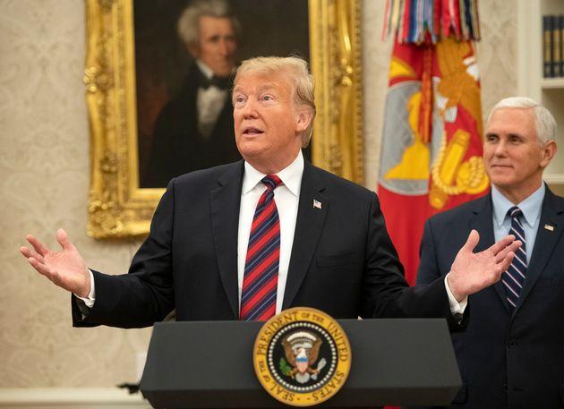 미국-멕시코 국경 장벽 예산을 요구하며 예산안 승인을 거부해 연방정부 셧다운을 초래했던 도널드 트럼프 대통령은 원했던 예산을 확보하지 못한 채 일시적으로 셧다운을 종료하기로 민주당과